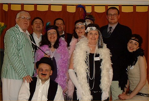 A 1920s murder mystery party